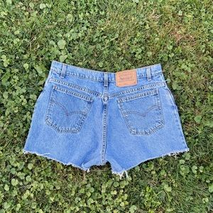 Levi's vintage 90's high rise cutoff Jean shorts